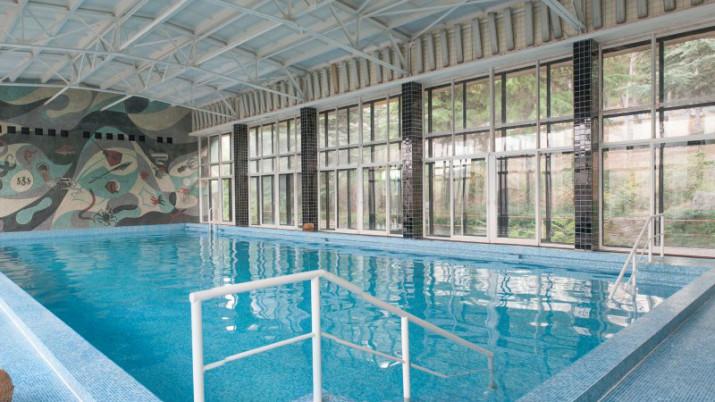 бассейн санатория